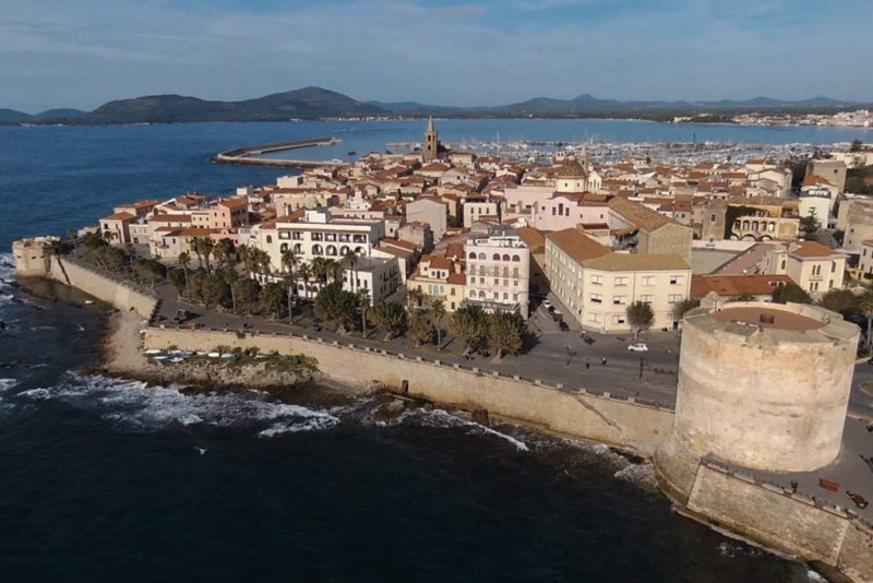 città-fortificata-alghero-totalguer